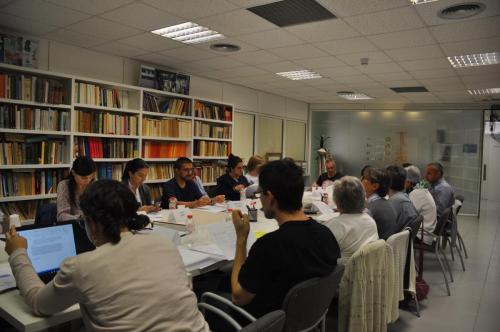 La primera reunión 9